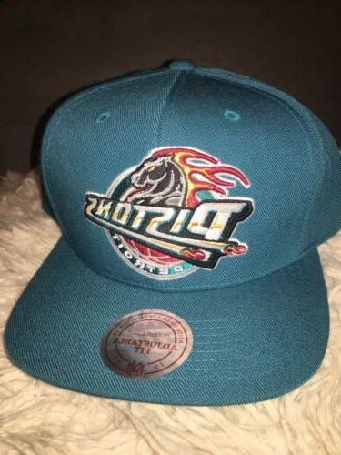 mitchell and ness detroit pistons teal snapback