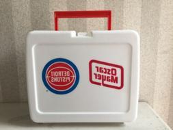 New Detroit Pistons Oscar Mayer Plastic Lunchbox Promo Item