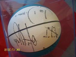 VTG 90's Detroit Pistons Autographed ball Grant Hill Dumars